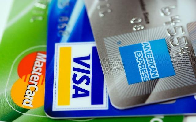 Quelle est la différence entre une carte de crédit Classic, Gold, Premier ou Infinite ?