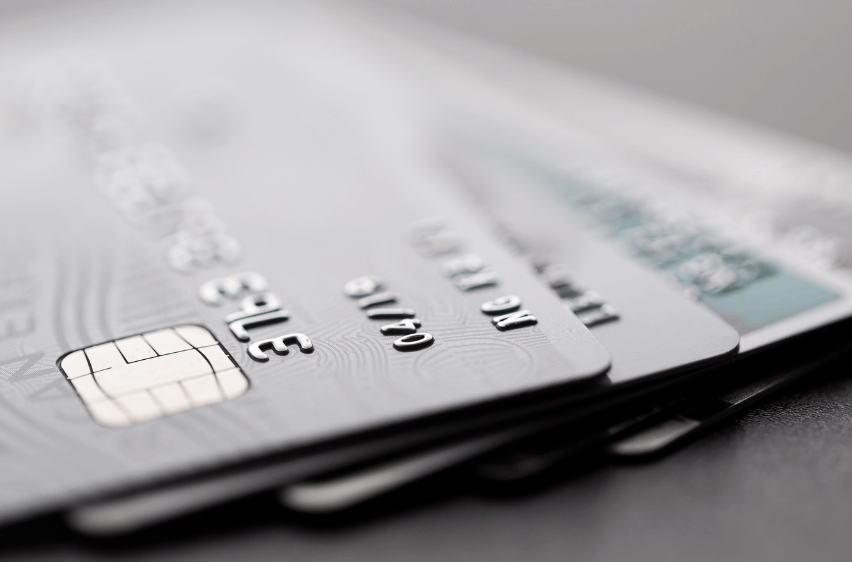 Tips On How To Qualify For An HSBC UK Credit Card