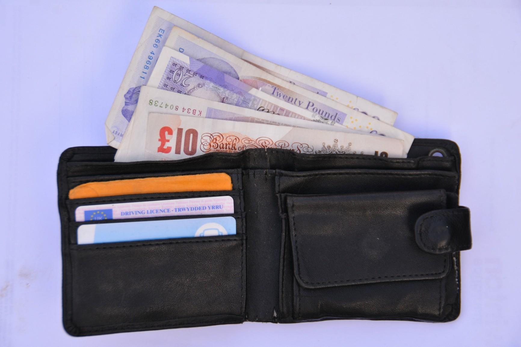 Astuces pour Obtenir la Carte de Crédit Mastercard MC1 - Découvrez Ici