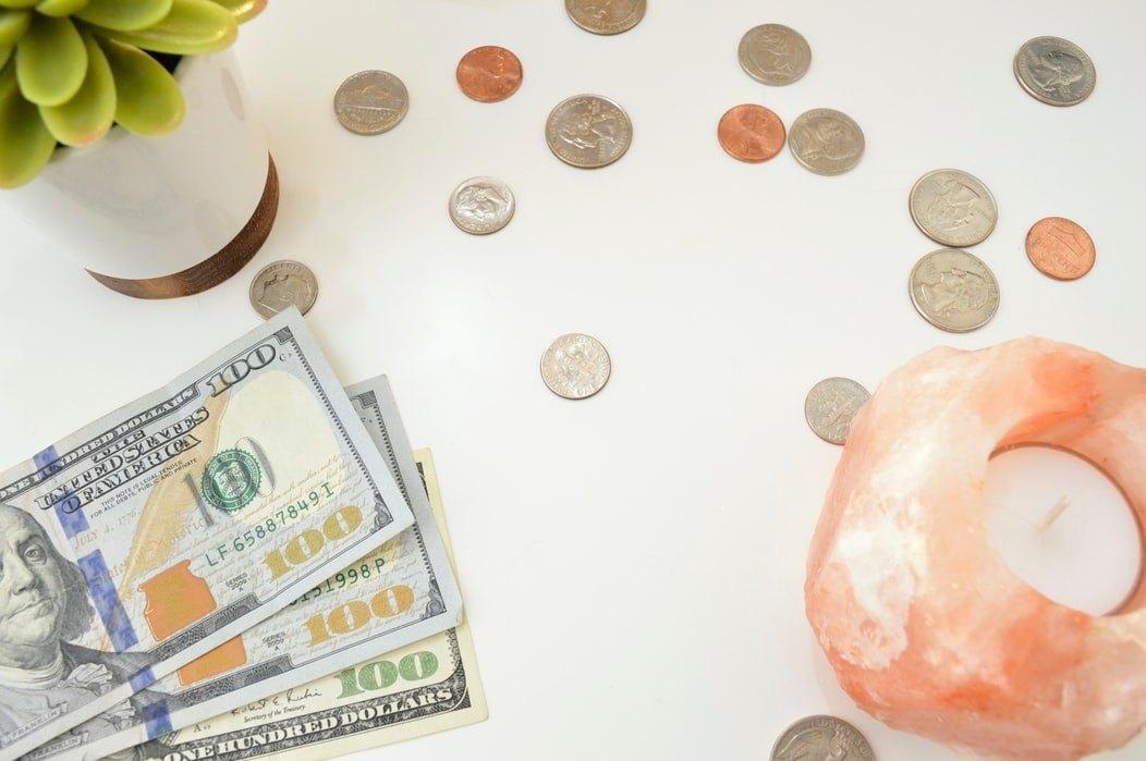 Comment Gérer Son Budget Via Son Téléphone avec la Carte MAX Bank